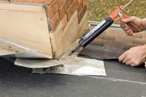 Sealing roof flashing