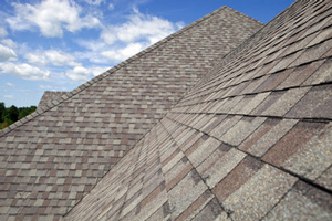 Homes roofed with asphalt shingles in Verona